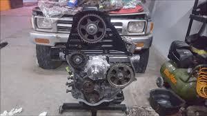 Toyota hilux 93 rebuilt engine 3L turbo - YouTube