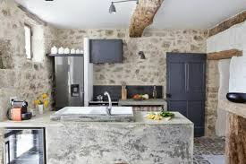 kitchen design ideas with stone walls 18