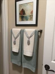 Bathroom towel decorating ideas Inspired2Ttransform Decorating