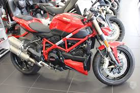 2014 ducati streetfighter 848 red in canada for sale on jamesedition