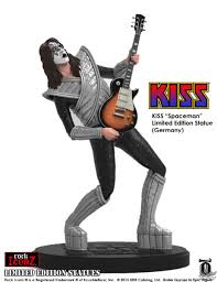 figurine kiss the spaceman knucklebonz