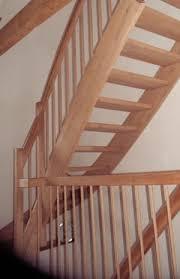 Gratis cad grundrisse für viertelgewendelte treppen im praktischen dxf format. Treppen Zum Selberbauen Frag Den Heimwerker Com