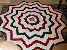 Christmas Tree Skirt Crochet Pattern Custom Ravelry Christmas Tree Skirt Pattern By Donna MasonSvara