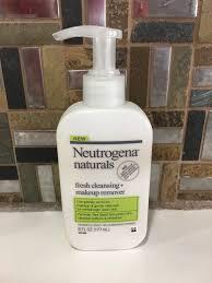 brightening daily moisturizer neutrogena naturals