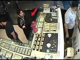 سرقت از طلا فروشی - فیلم گرفته شده توسط دوربین های مداربسته - YouTube