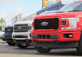 Half-Ton Pickup Trucks Are Selling Like Crazy: Who Is Winning ...