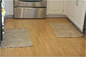 kitchen rugs for hardwood floors how to choose the best from safe floo
