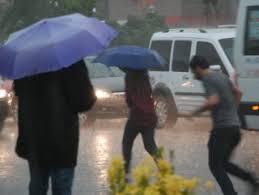 İstanbul'da yağış yarın sabaha kadar sürecek