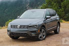 2018 volkswagen tiguan se with awd. plain awd 2018 volkswagen tiguan angle on volkswagen tiguan se with awd