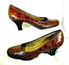 aerosoles women s size 10 wise guy brown pumps shoes alligator look faux leather