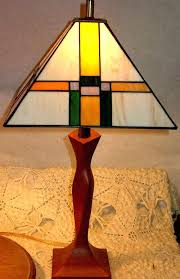 prairie style stained glass mission style lamp studios stained glass lamps free prairie style stained glass patterns