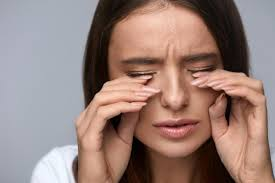 How Do Eyes React To Light Burning Eyes Causes And Home Remedies