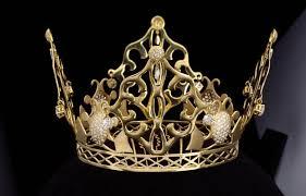 تيجان ملكية  امبراطورية فاخرة Images?q=tbn:ANd9GcTgi4K10qk4fbWf6UfttGLZXtKiUBQy9WLxt2zosyEBx70LzMtL