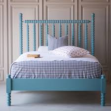 harriett spindle bed low footboard