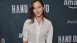 robin williams daughter zelda pens emotional essay about  zelda williams