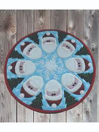 santa go round table topper pattern