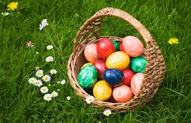 20 Backyard Easter Egg Hunt Ideas | ModularWalls