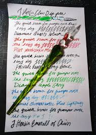 this j herbin spiral glass dip pen is made of green glaseasures 7 7 8 long i found it felt really nice in my hand and the weight was balanced