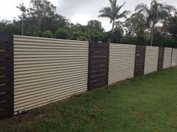 corrugated metal fence 01 show au d co maison for fencing designs 4