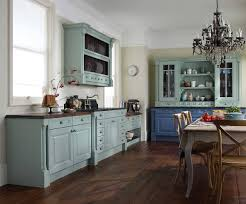 Vintage Kitchen Cabinet Vintage Kitchen Cabinets Look Image Of Retro Kitchen Cabinets