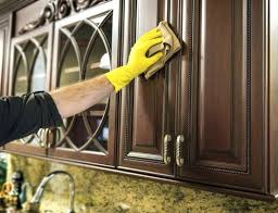 how do i clean grease off kitchen cabinets clean grease and dirt from kitchen cabinets off