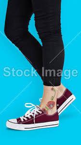 Fotka Květinové Tetování Na Kotník 136549326 Fotobanka Fotkyfoto