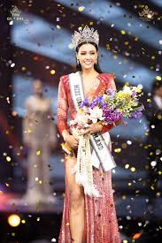 สวยสมมง! อแมนด้า ออบดัม คว้ามงกุฎมิสยูนิเวิร์สไทยแลนด์ 2020