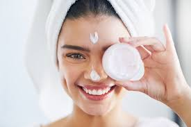 Dry Skin on Face Causes, Treatments - How to Cure Itchy, Red Skin