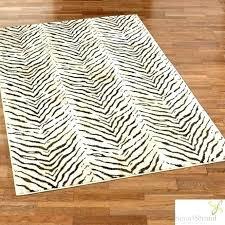 animal print rug runners giraffe print rug pattern rug leopard print rug runner animal print accent