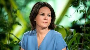 Annalena charlotte alma baerbock is a german politician. Annalena Baerbock Angriff Ist Nicht So Ihr Ding Zeit Online