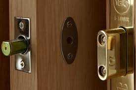 front door locksDoor and window locks buying guide  Help  Ideas  DIY at BQ
