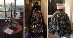 Creative christmas tree toppers ideas try Decorating Ideas Post Your Creative Christmas Trees Here Diy Bored Panda Post Your Creative Christmas Trees Here Bored Panda