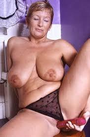 Xxx naked mature women