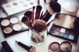 5 makeup tips for women over 40