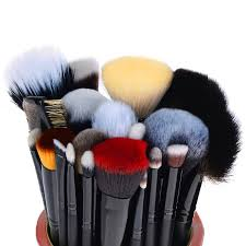 the masterpiece pro signature brush set 24pcs handmade natural synthetic bristle