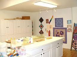 Last quilt studio photo. & Name: Attachment-28439.jpe Views: 1507 Size: 43.9 KB Adamdwight.com