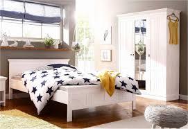 Schlafzimmer Einrichten Tapeten Schlafzimmer Schlicht Gestalten