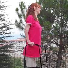 Meet Rumeysa Gelgi, the Tallest Woman in the World, Standing at Over 7 Feet