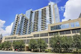 glass house apartments at 2728 mckinnon st dallas tx 75201