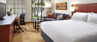 hotel mdr marina del rey a doubletree by hilton ca king bed room