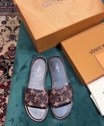 Louis Vuitton Womens Lock It Mule 1a4xxg Brown