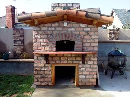 Image of: Best Outdoor Fireplace Pizza Oven