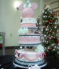 600x700 ofM6 minnie mouse cake