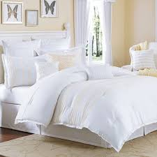 white fluffy bedspread white bedding for full size bed king size bed comforter grey and white comforter set