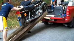 How not to Load Motorcycle in a pick up truck - YouTube