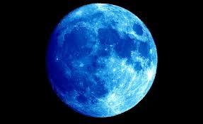 Resultado de imagem para ultimas foto lua azul hoje