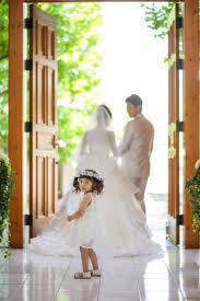 結婚式に子連れで参加する場合の子供の服装髪型マナー Marryマリー