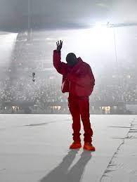 """Fan verkauft Kanye West-Luft von """"DONDA ..."""