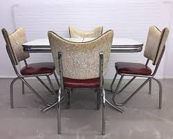 Mid century modern kitchen table Chrome Trespasaloncom Vintage Mid Century Modern Kitchen Table And Chairs