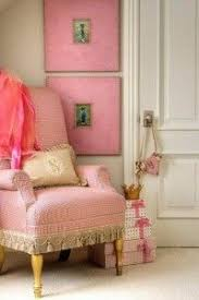 Romantic Home Decorating Ideas In Pink Color And